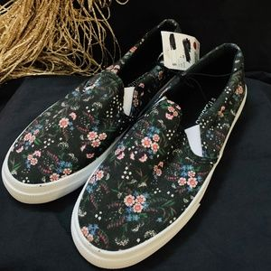 H&M NWT Divided Floral Canvas Slip on sneakers 7